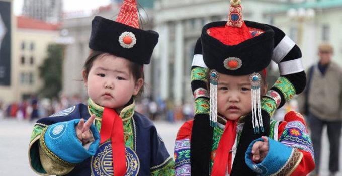 mongol-huuhed